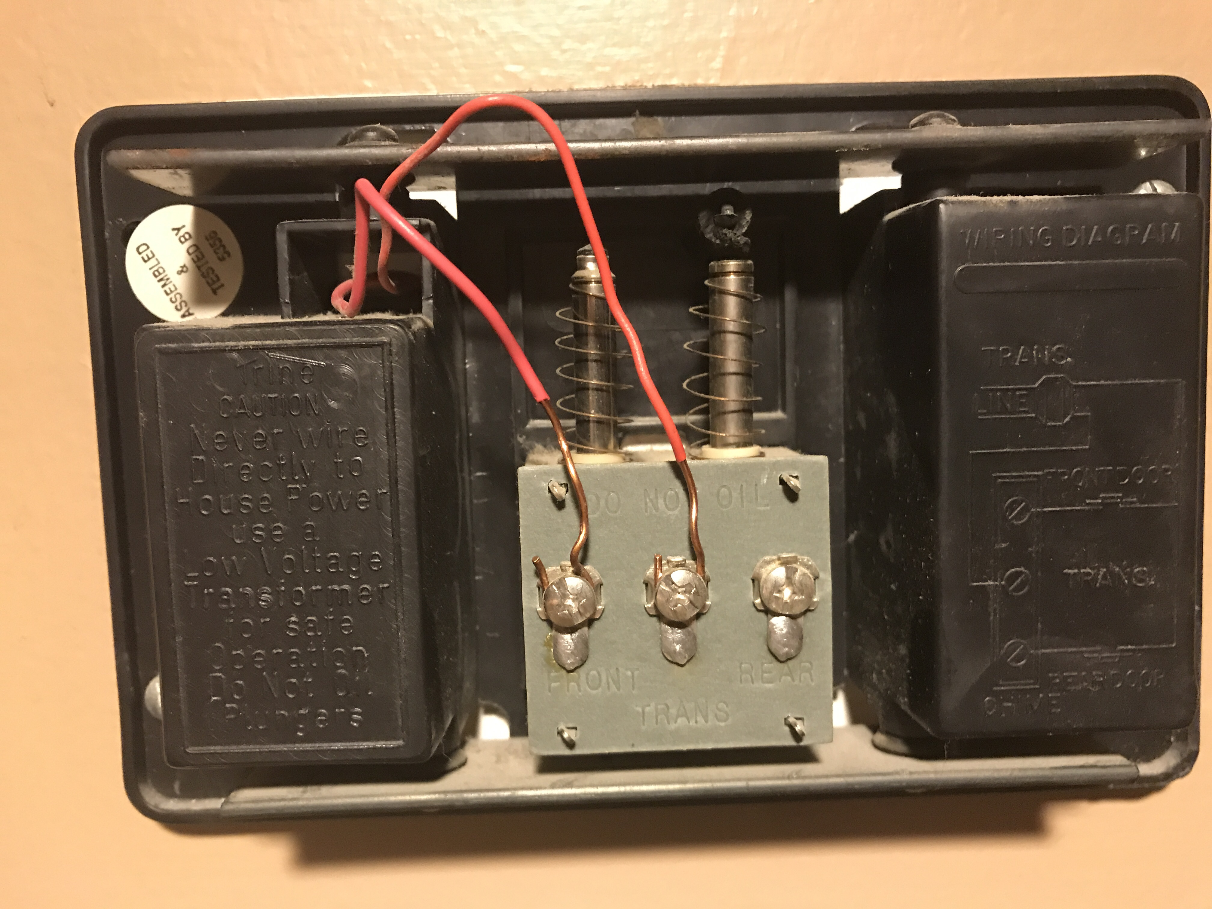 Doorbell Transformer Buzzing Gen3 Electric 215 3525963 How To Wire A Electrical Diy Chatroom Home Greet Causes Door Chime Buzzhum Loud And